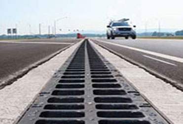 Which kind of loading class for polymer concrete drainage channels?